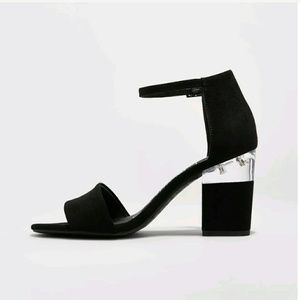 DV heels with lucite detail